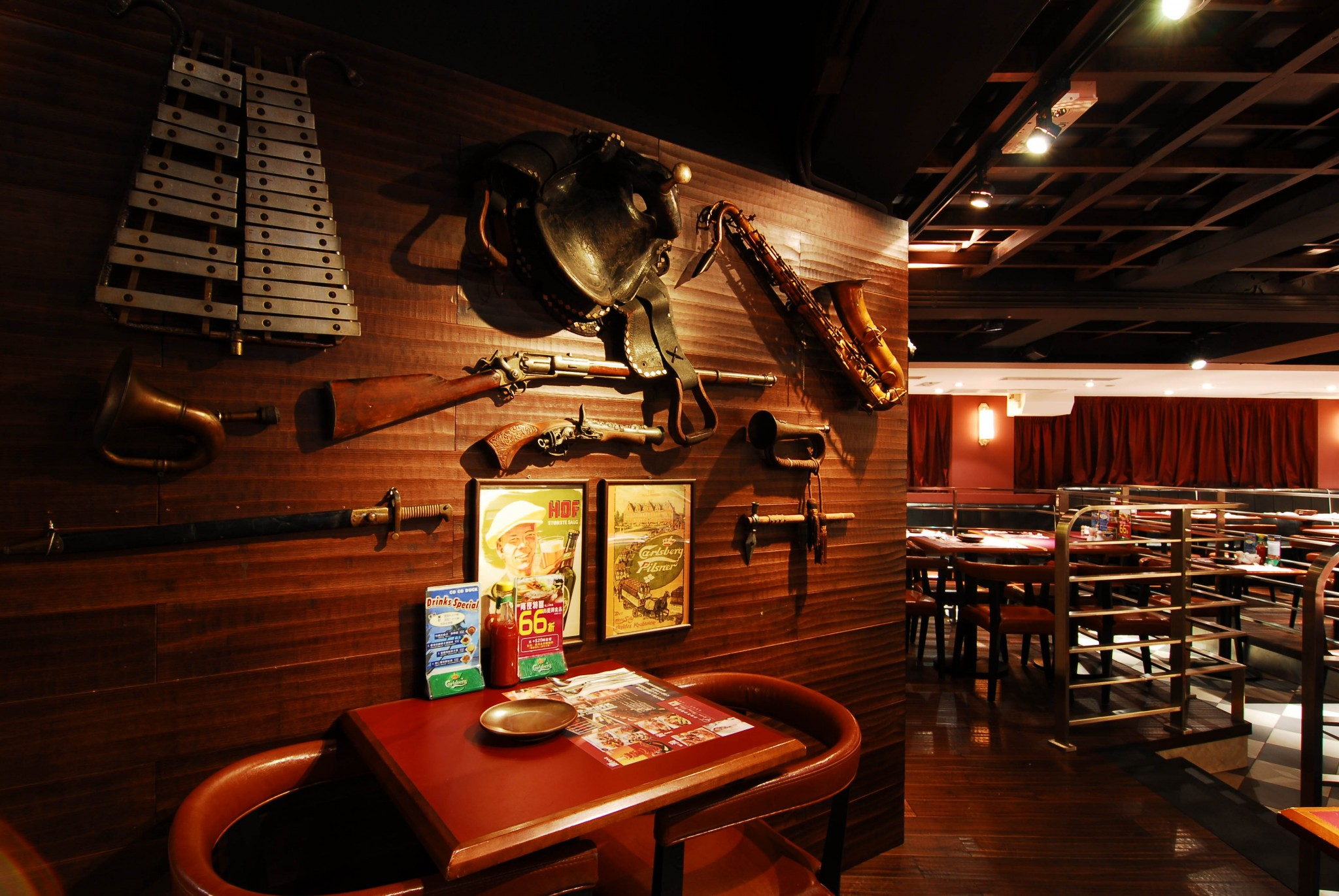 Tsuen Wan (26-40 Chung On Street) 荃灣海壩街歌德餐廳酒吧 桌球 飛鏢