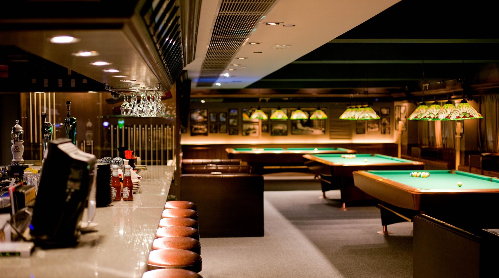 Joe's Billiards & Bar 酒吧 桌球 飛鏢 Beer Pong